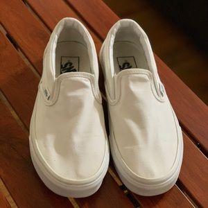 Vans slip-on white canvas shoe